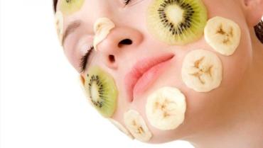 Kiwi benefits for Skin