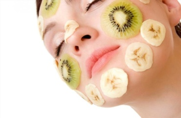 Kiwi benefits for Skin